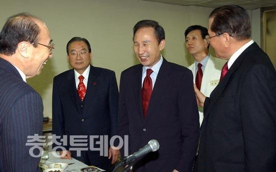 이명박 前서울시장 대전 방문