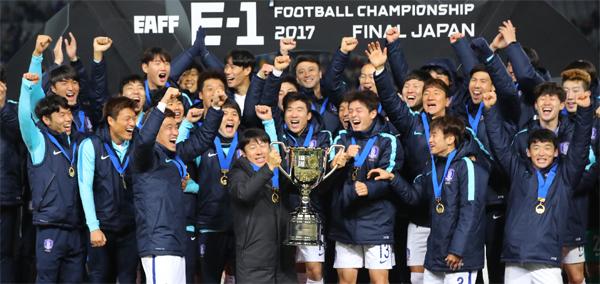 19면-축구대표팀.jpg