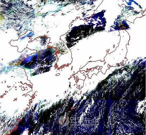 ▲ 2010년 7월 천리안 위성에서 최초로 수신한 해양영상 [연합뉴스 자료사진]