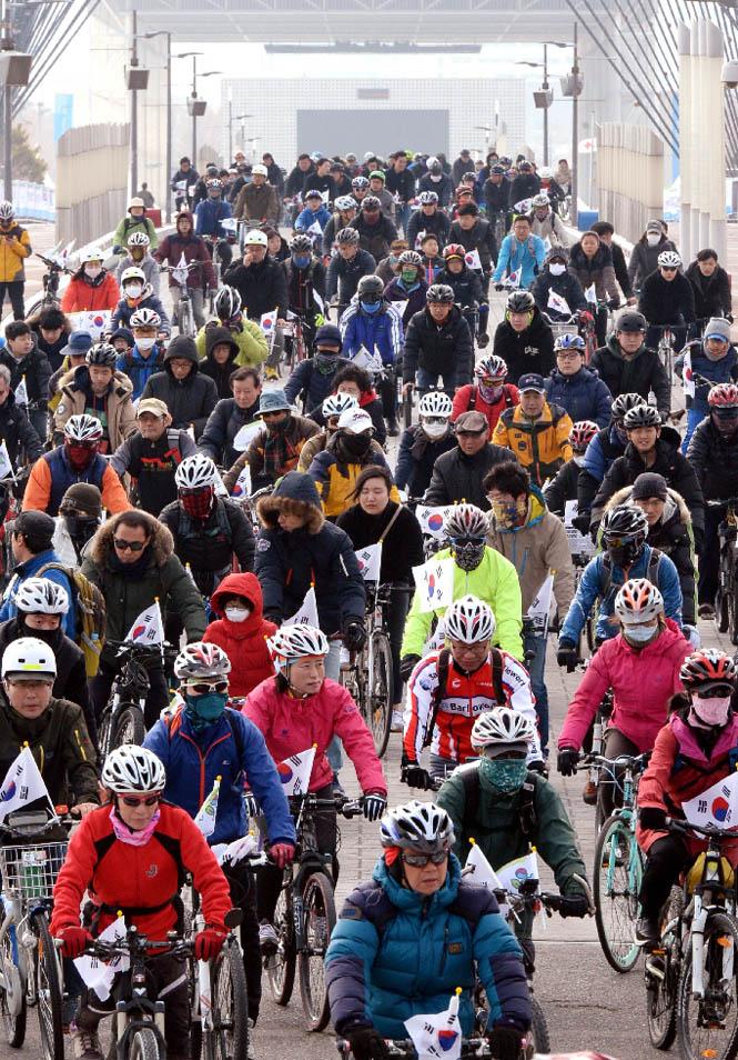 열아홉 번째 3·1절 자전거 대행진… 1만여명 달렸다