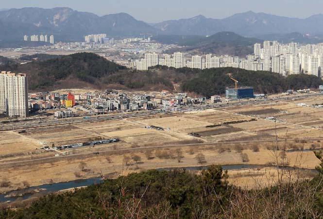 슬라이드뉴스1-도안호수공원-3블록.jpg