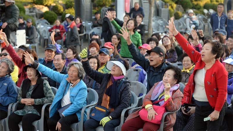 제16회 아줌마대축제 우리농산물 천원경매