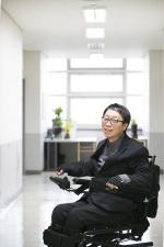 """""""장애인 되보니 장애인 심정 이해"""" 장애인 차량 개발 주력"""