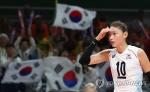 김연경 '배구여제' 재확인…주팅 누르고 팀에 터키컵 우승 선물