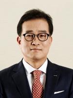 롯데그룹 부회장에 청주대 출신 이원준 사장