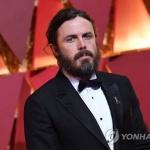 케이시 애플렉 아카데미 시상식 남우주연상 '형만한 아우 있다'