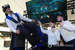 'VR영토' 확장나선 삼성…美 인재영입 이어 MLB와 제휴