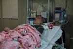 [러브투게더] 15년간 산소호흡기 의지해 생활…치료비 감당못한 아버지는 가출