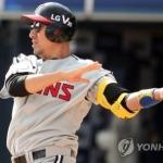 무적 신분 정성훈…KIA타이거즈와 연봉 1억원에 계약