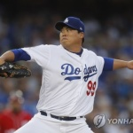 류현진 7이닝 무실점 완벽투…시즌 3승 수확