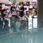 연매출 1000억 넘는 전문점·쇼핑센터…지역상생은 구멍가게 수준