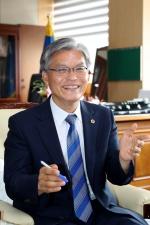 """장선배 충북도의장 """"도민행복 높이고 지역발전 이끄는 생산적인 의회 만들겠다"""""""