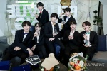 방탄소년단, '빌보드 200' 61위로 10주 연속 진입