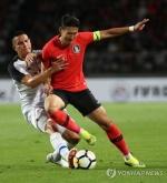 손흥민 혹사 논란…107일 동안 19경기, 국경 10번 넘었다