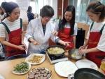 배재대 '유니캅스' 범죄예방 캠페인·대전서구다문화가족지원센터 명절 음식만들기