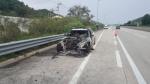 남해고속도로 달리던 BMW 520d 차량서 화재(종합)