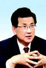 이시종 충북지사 취임 100일…'강호축' 국토계획 반영 올인