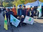 [구민건강 걷기축제] 대전서구산악연맹, 참가자들과 '안전 동행'… 노르딕워킹 주목