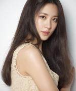 """수현 """"지금껏 동양인 배우들이 맡지 못한 역할 해보고 싶어요"""""""