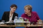 '임기 채우겠다' 메르켈 계획에 독일 국민 56% 찬성
