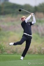 '낚시꾼 스윙' 최호성 일본 투어 우승에 미국 매체도 관심