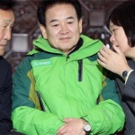 국회 '예산안 삭감' 대치…밖에선 '선거제 개혁' 농성