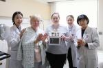 건양대병원 코디네이터들, 외국인 환자 생일 이벤트