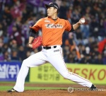 '기회 있는 구단으로'…한화, 권혁 자유계약선수 공시 요청
