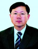 총선출마설 윤갑근 '청소년충북연맹 총장' 취임
