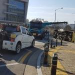청주서 어린이집 버스-승용차 충돌… 3명 부상