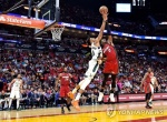 밀워키, 마이애미에 23점차 뒤집고 15점차 승리…NBA 새역사
