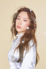 태연 '사계', 장범준 제치고 8개 차트 1위 싹쓸이