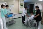 청주의료원, 입원환자 카네이션 전달